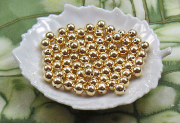 100 Metallic-Perlen 4 mm gold